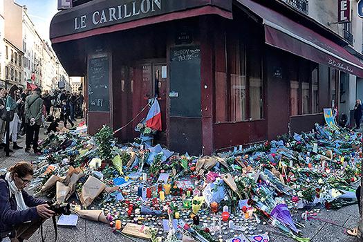 Про теракт в Париже
